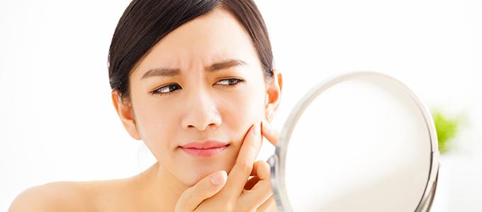 痛くて目立つ……「赤ニキビ」の発生原因と正しいケア方法