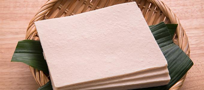 スベもち肌を作る「酒粕」の美容効果とスキンケアでの使い方
