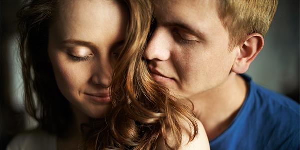 男性をドキッとさせる「髪の香り」をキープする方法